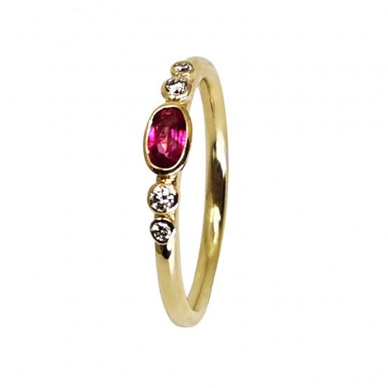 Zarter Edelsteinring- pinker ovaler Turmalin und Brillanten